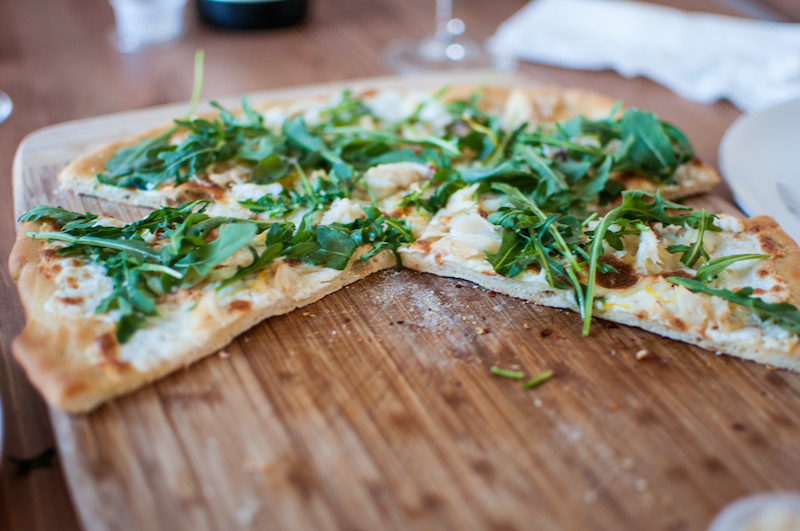 crab arugula pizza 06